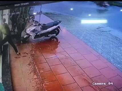 Trộm, cướp tiệm vàng táo tợn ở Quảng Nam