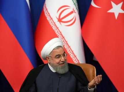Tổng thống Iran: Ông Trump sẽ thất bại như Saddam Hussein