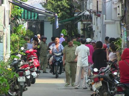 Người chồng sát hại vợ ở vùng ven TP HCM đã ra đầu thú