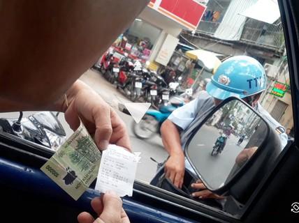 [ĐIỀU TRA] - Lật tẩy trò bòn rút phí đậu ôtô