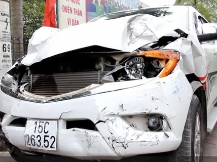 """Tài xế """"xe điên"""" tông chết 2 nữ sinh là giám đốc doanh nghiệp vận tải"""
