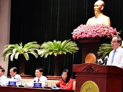 Thu ngân sách của TP HCM bằng 45 tỉnh cả nước