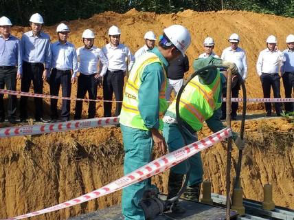 Kiểm tra tiến độ công trình đường dây 500 kV Quảng Trạch – Dốc Sỏi