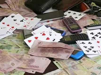 Bình Thuận: Phó Chủ tịch Hội đông y huyện bị truy nã vì đánh bạc