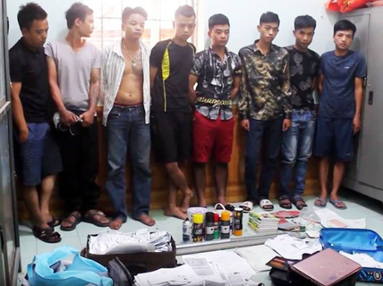 Băng nhóm tín dụng đen gần 10 thành viên bị bắt giữ