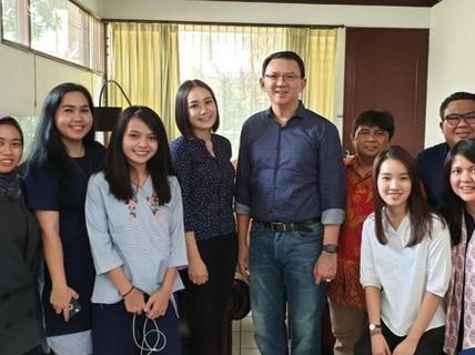 Cựu thống đốc Jakarta xác nhận cưới vệ sĩ của vợ cũ