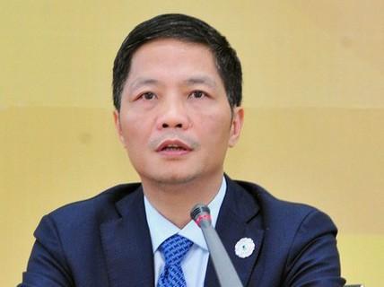 Bộ Nội vụ lên tiếng về việc Bộ trưởng Trần Tuấn Anh xin lỗi dùng xe biển xanh đón người nhà