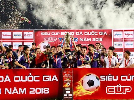 Hà Nội FC dùng đội hình 2 vẫn giành Siêu cúp