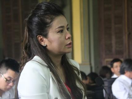 Vợ ông chủ cà phê Trung Nguyên bất ngờ rút đơn ly hôn