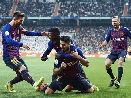 Suarez lập cú đúp, Barcelona hạ đẹp Real Madrid ở Cúp Nhà vua