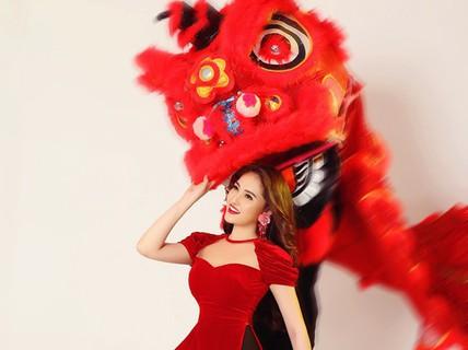 Sao Việt gợi ý áo dài du xuân