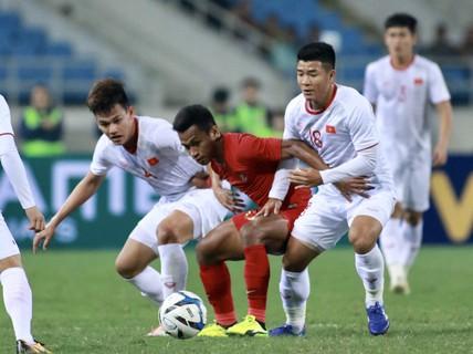 HLV Park Hang-seo nói gì sau chiến thắng hú vía trước Indonesia?