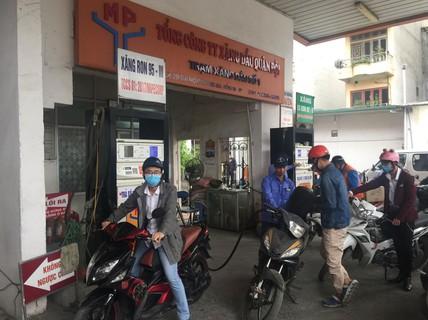 Làm rõ thông tin thiếu xăng RON 95 ở Hà Nội