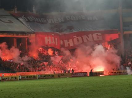Chuyện khó tin: Xóa án cấm khán giả đến Hàng Đẫy xem Hà Nội FC đấu CLB TP HCM