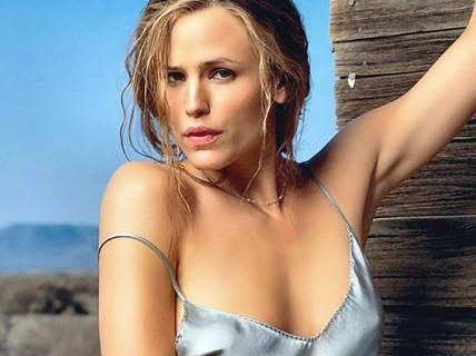"""Ly hôn và có 3 con, Jennifer Garner vẫn được chọn """"The Beautifull"""""""
