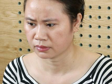 """Quảng Bình: """"Má mì"""" môi giới mại dâm 2,5 - 3 triệu đồng/lượt bị khởi tố"""