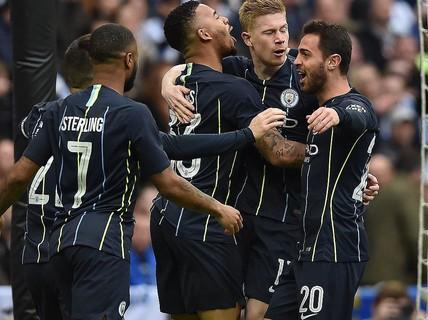Vào chung kết FA Cup, Man City tiến sát giấc mơ ăn 4
