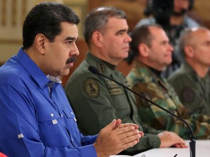 Tổng thống Venezuela tuyên bố đập tan âm mưu đảo chính