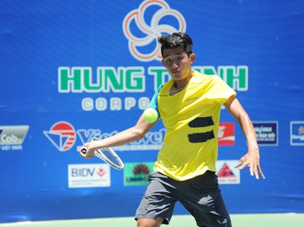 Văn Phương lỡ hẹn với Davis Cup
