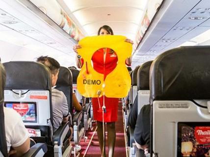 Những món đồ nào được phép mang ra khỏi máy bay?