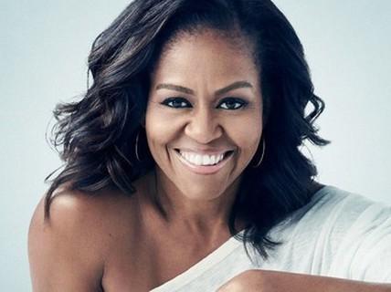 Nhà văn trẻ đánh bại bà Michelle Obama