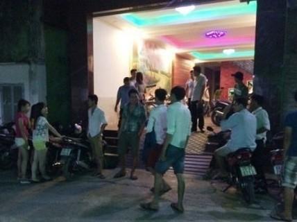 Điều tra vụ nữ nhân viên quán karaoke 15 tuổi tử vong bất thường
