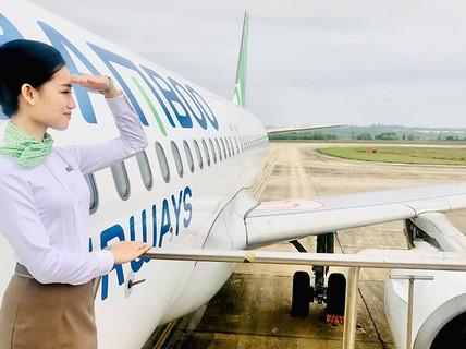 """""""Mở cửa"""" chính sách để hàng không cất cánh"""
