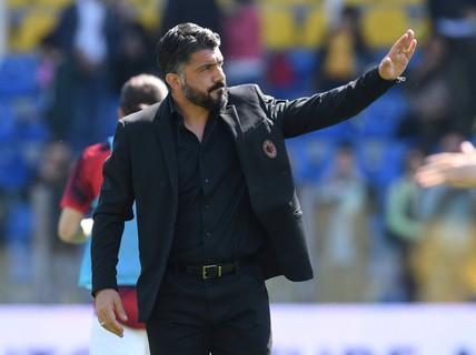 Hấp dẫn cuộc chiến vào top 4 Serie A