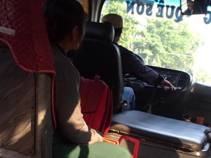 """Hàng loạt người sập bẫy """"cho đi nhờ xe"""" ở Quảng Nam, Đà Nẵng"""