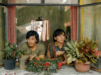 """Phim """"Song lang"""" của Ngô Thanh Vân chạm mốc 20 giải thưởng"""