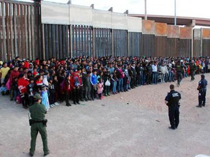 Mỹ chống nhập cư bất hợp pháp bằng thuế