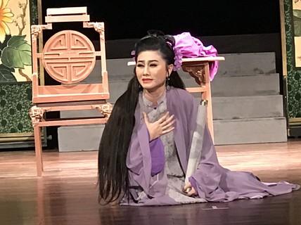 """Trinh Trinh, Quế Trân, Lê Khánh khoác áo mới cho """"Tiên Nga"""""""