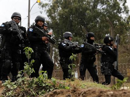 Guatemala: Tù nhân say xỉn nổ súng, ít nhất 7 người thiệt mạng