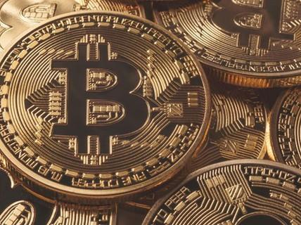 Có còn ai nhớ đến Bitcoin không?