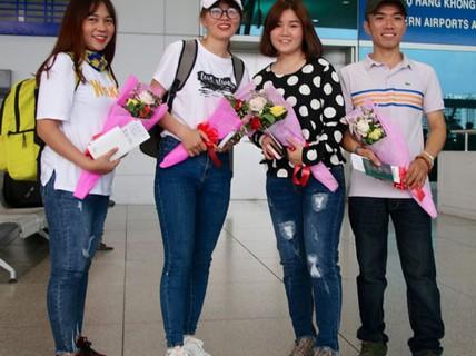 IET chắp cánh ước mơ cho điều dưỡng Việt