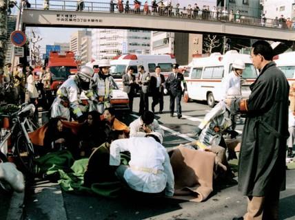 Thùng rác công cộng ở Nhật và nỗi ám ảnh khủng bố