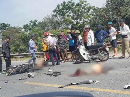 Xe tải tông xe máy, 2 thanh niên ngã xuống đường bị cán chết