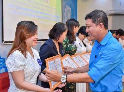Khen thưởng 63 lao động giỏi, lao động sáng tạo