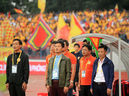 Nguyễn Văn Dũng chạy mãi không chồn chân