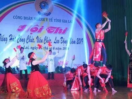 GIA LAI: Sôi nổi Hội thi Tiếng hát CNVC-LĐ ngành y