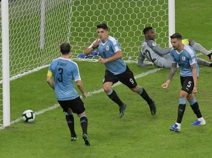 Uruguay đại thắng, khẳng định vị thế ứng viên vô địch Copa America