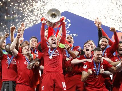 Xem lại những khoảnh khắc ấn tượng trong chiến thắng 2 sao của Liverpool