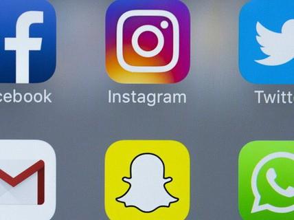 Người xin visa vào Mỹ sẽ bị buộc công khai tài khoản mạng xã hội