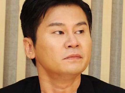"""Cảnh sát điều tra cáo buộc cựu trùm giải trí Hàn tổ chức """"sex tour"""""""