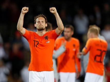 """Quật ngã """"Tam sư"""", Hà Lan giành vé chung kết Nations League"""