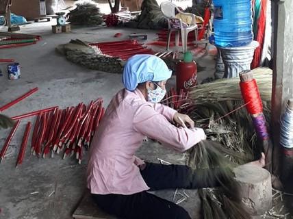 Nét đẹp làng nghề vấn chổi đót Chiêm Sơn - xứ Quảng