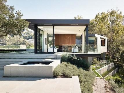 Nằm ở hẻm núi, ngôi nhà gây ngạc nhiên nhờ kết cấu đặc biệt