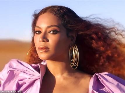 """""""Ong chúa"""" Beyonce được ngợi khen với thời trang sặc sỡ"""