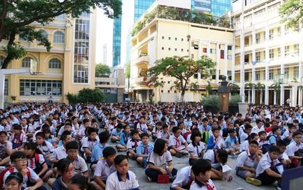 Các trường không được thu gộp một lúc nhiều khoản thu