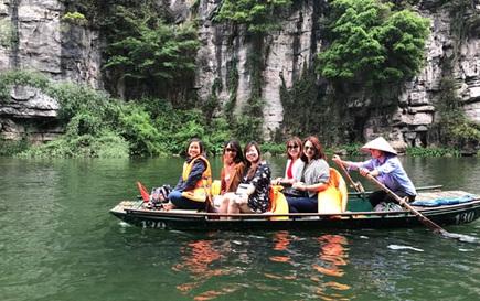 """""""Mỏ vàng"""" của du lịch Việt"""